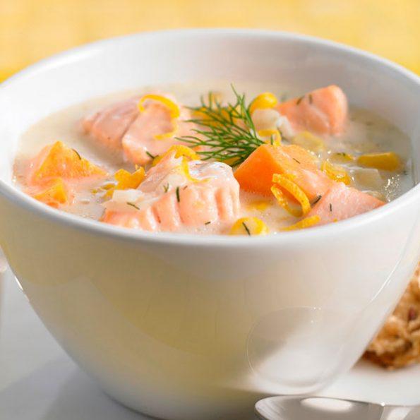 Крем суп с лососем в Чайхане Fusion